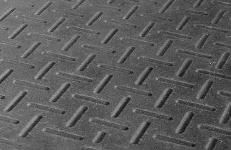 Piso de caucho doble densidad de 20 mm (precio por plancha 2.25 m2) MEDIDAS 1.22 x 1.83 m